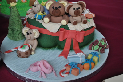 Christmas cake edible art